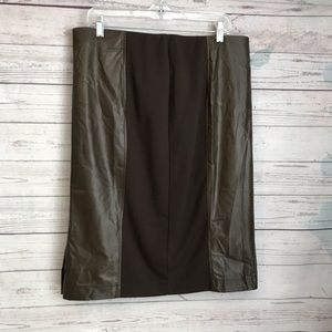 WD.NY Faux Leather Brown Skirt NWT Size XL
